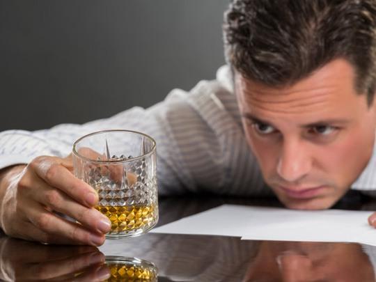 Thói quen uống nhiều rượu bia khiến con người mắc nhiều bệnh