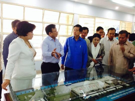 VISSAN đón đoàn lãnh đạo cấp cao Lào