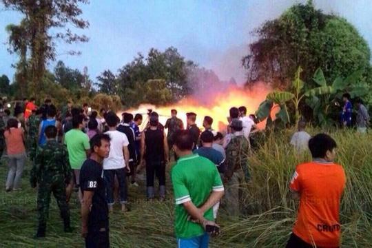 Trực thăng rơi sau khi cất cánh 10 phút... Ảnh: Bangkok Post