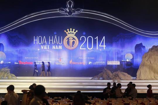 Sân khấu đêm chung kết Hoa hậu Việt Nam 2014