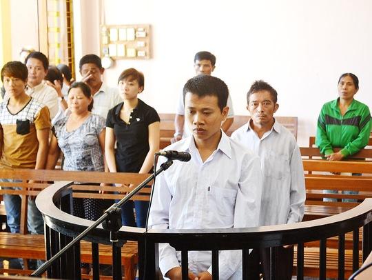Trần Bảo tại phiên tòa