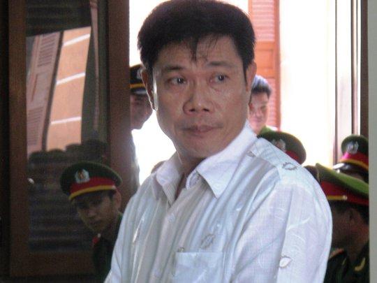 Ông Lê Đức Hoàn tại phiên toà phúc thẩm vụ 5 công an dùng nhục hình dẫn đến chết người.