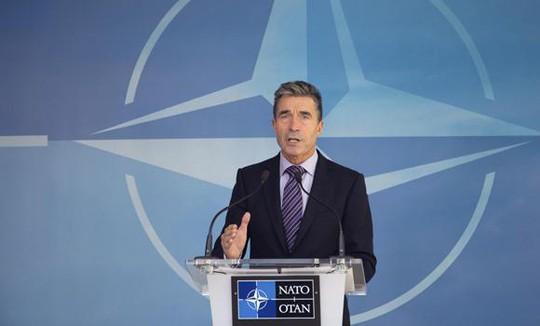 Tổng thư ký NATO Anders Fogh Rasmussen phát biểu tại Brussels - Bỉ hôm 29-8. Ảnh: AP