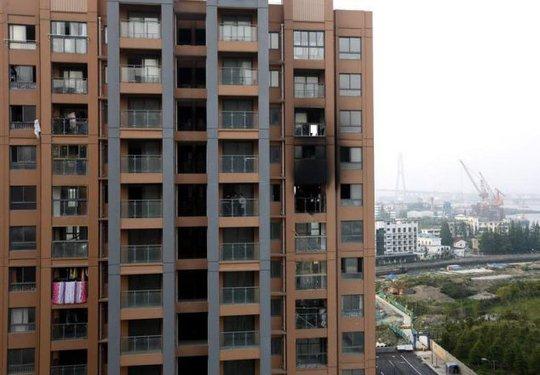 Khu chung cư xảy ra vụ hỏa hoạn hôm 1-5. Ảnh: Daily Mail