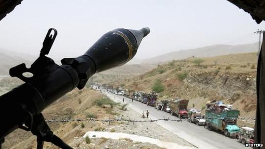 Quân đội Pakistan sau đó đã phát động các cuộc tấn công đáp trả vào khu vực phía Bắc Waziristan. Ảnh: Reuters