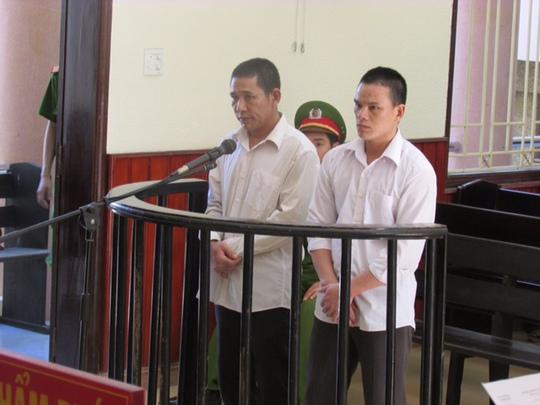 Hai bị cáo Điều và Thanh tại tòa sơ thẩm