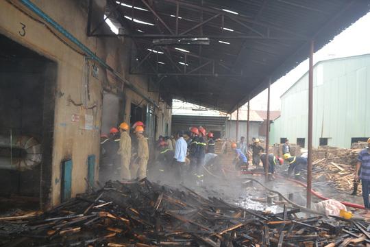 Nhiều vật dụng đã bị lửa thiêu rụi hoàn toàn