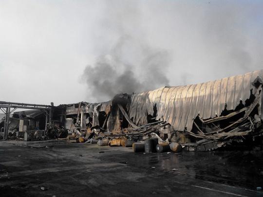Cảnh hoang tàn sau vụ cháy