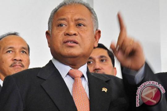 Bộ trưởng Quốc phòng Purnomo Yusgiantoro cho biết chính phủ đã triển khai các biện pháp để bảo đảm việc thăm dò mỏ khí đốt. Ảnh: Antara News