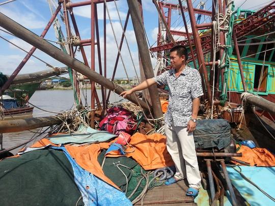 Tàu cá của ông Quang bị thiệt hại nặng