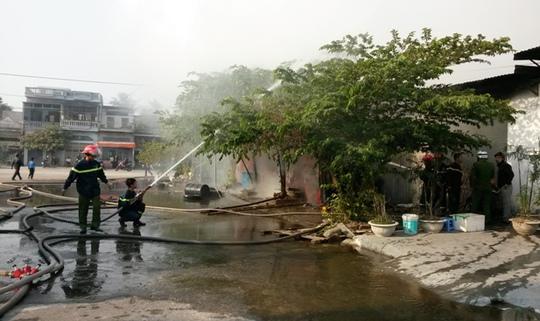 Xưởng nến nằm trong khu dân cư