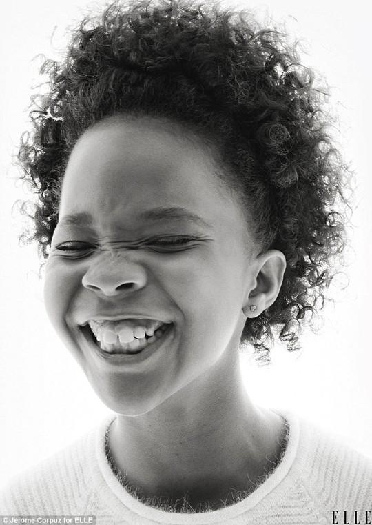 """Sao """"nhí"""" Quvenzhané Wallis đáng yêu trên tạp chí"""
