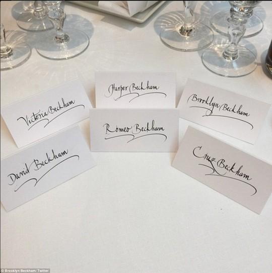 Gia đình David Beckham đều đến dự cưới