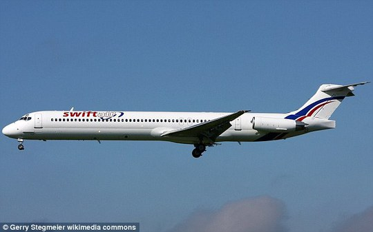 Một chiếc McDonnell Douglas MD-83 của Swiftair