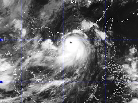 Tối nay 18-7, bão Thần Sấm giật cấp 17 vào Vịnh Bắc Bộ