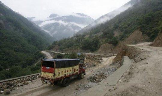 Chính phủ Ấn Độ cho phép tiến trình xây dựng 4 tuyến đường sắt dọc biên giới Trung. Ảnh: Reuters