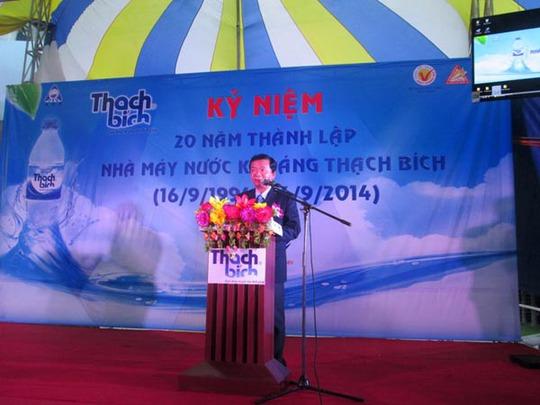Ông Hồ Văn Vân – Giám đốc Nhà máy Nước khoáng Thạch Bích phát biểu