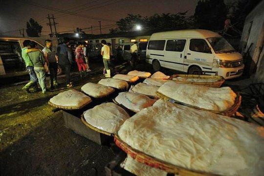 Mì Trung Quốc ngậm hóa chất độc hại