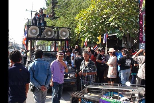 Bầu cử Thái Lan kết thúc trong chật vật