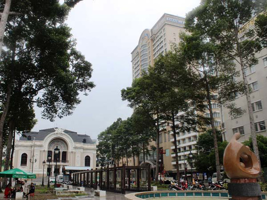 Công viên Lam Sơn trước Nhà hát TP sẽ được di dời và rào chắn để xây dựng ga ngầm của tuyến Metro số 1