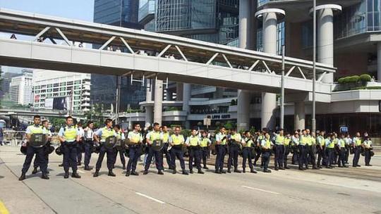 Tới giờ cao điểm sáng 14-10, giao thông trên tuyến đường Lung Wo đã trở lại bình thường