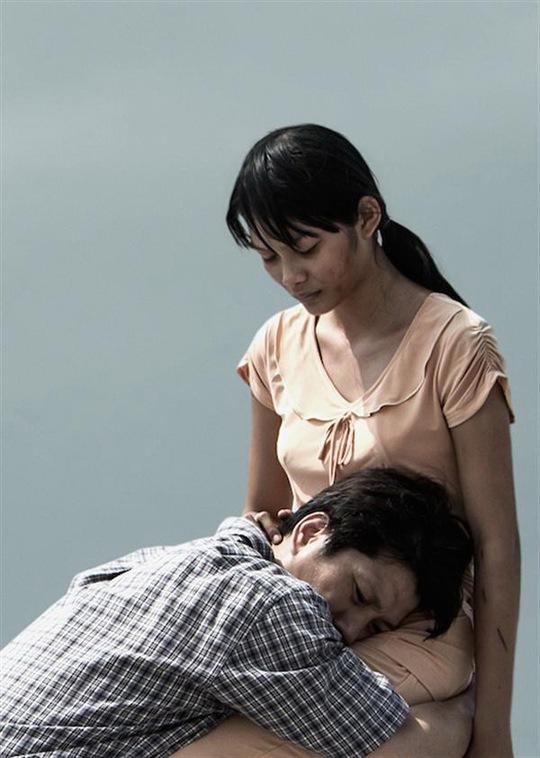 Việt Hương và Đông Dương sẽ tái ngộ trong phim Đời Như Ý (hãng phim Hoàng Thần Tài sản xuất), chuyển thể từ truyện ngắn cùng tên của nhà văn Nguyễn Ngọc Tư