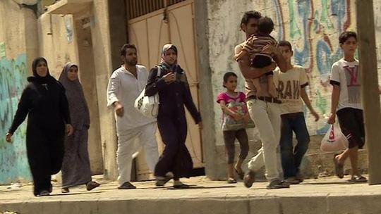 Liên Hiệp Quốc cho biết có83.695 người đã chạy trốn khỏi Dải Gaza và đang trú ẩn ở 61 địa điểm gần 2 tuần trở lại đây. Ảnh: BBC
