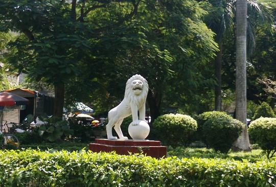 Sư tử mang phong cách Châu âu tại một điểm công cộng trên đường Lê Hoàn - TP Thanh Hóa