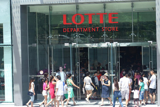 Hỗn loạn trong ngày tòa nhà cao thứ hai Việt Nam mở cửa