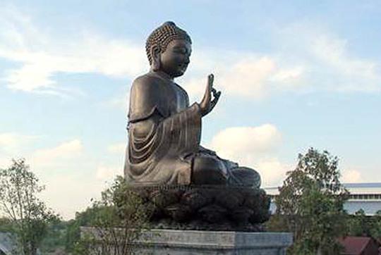 Công trình Đại Tượng Phật Thích Ca Mâu Ni có chiều cao tổng thể (gồm cả phần đế) là 20,28 m, hoàn thành sau 357 ngày thi công