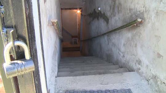 Căn hầm trú ẩn tại thành phố Lugansk. Ảnh: RT