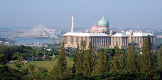 24 giờ du ngoạn Malaysia: Tuyệt vời đến ná thở!