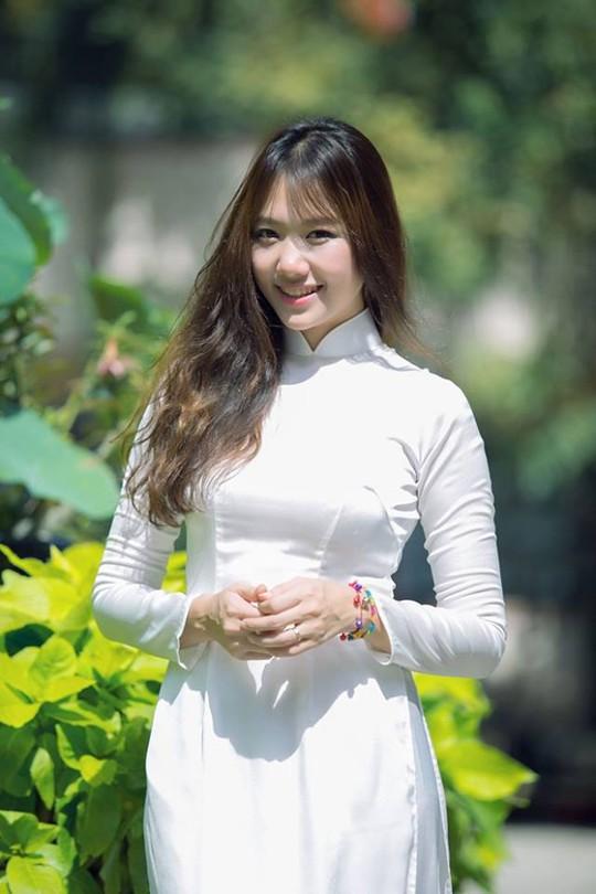 Hari Won từng nghĩ không kết hôn với đàn ông Việt
