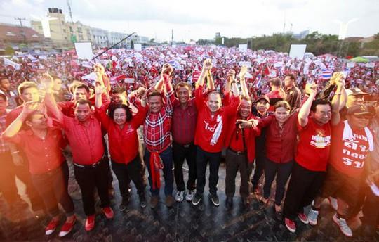 """10.000 người phe """"áo đỏ"""" đã tập trung ở thành phố Pattaya. Ảnh: Bangkok Post"""