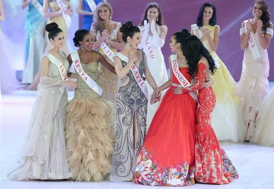 5 hoa hậu nhân ái của Miss World 2014. ảnh: EPA