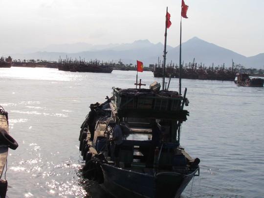 Tàu cá Đà Nẵng giong buồm thẳng tiến ngư trường Hoàng Sa