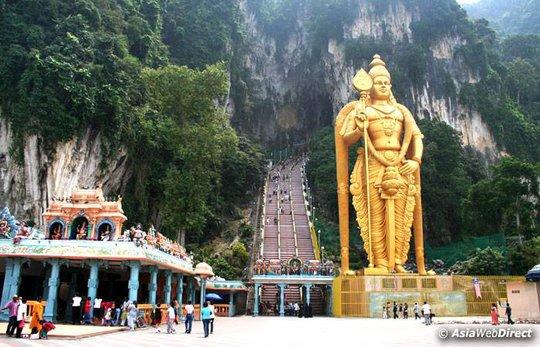 Động Batu, thánh địa của người Ấn theo đạo Hindu ở Malaysia