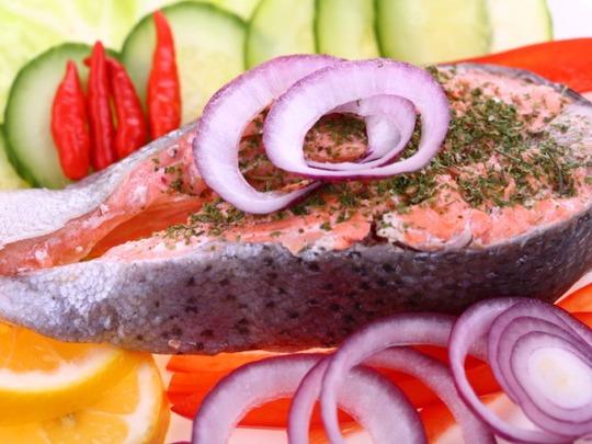 Cá nuôi thường chế biến chất tăng trưởng