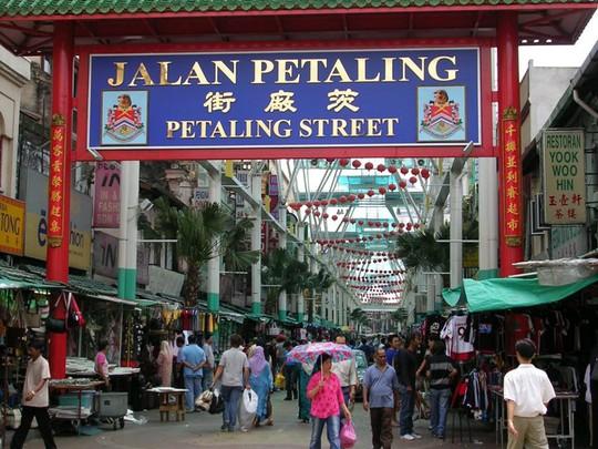 Khu phố Tàu ở Kuala Lumpuar với nhiều món ăn ngon đặc sắc