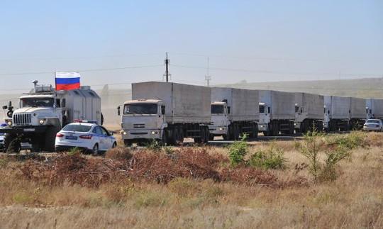 Nga gửi đoàn xe viện trợ thứ 4 đến miền Đông Ukraine. Ảnh: RIA Novosti
