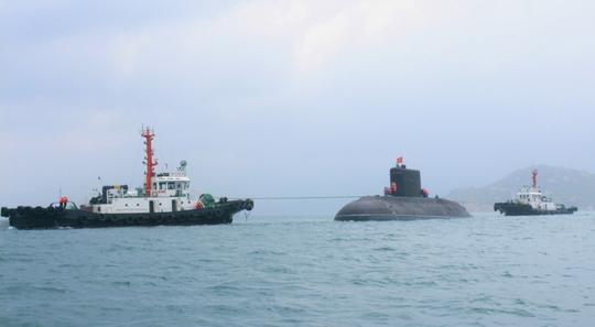 Tàu ngầm Kilo 636 TP HCM lần đầu sánh đôi cùng Tàu ngầm Hà Nội