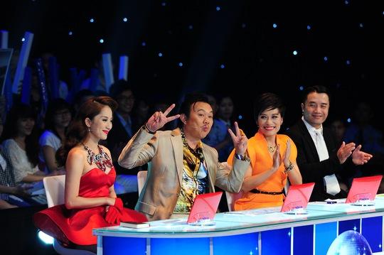 Chí Tài và 3 giám khảo trên ghế nóng