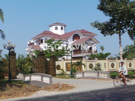 Khu biệt thự của ông Trần Văn Truyền tại tỉnh Bến Tre - Ảnh: Soha