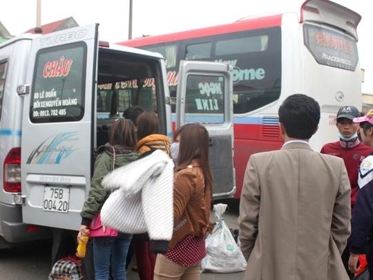 Hành khách được bố trí sang xe khác