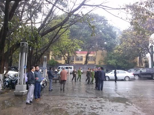 Thời tiết Hà Nội mưa nhỏ.