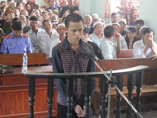 Đứa cháu mất nhân tính sát hại bà Nguyễn Hữu Huynh trước vành móng ngựa
