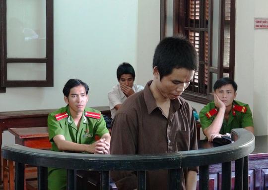 Đâm chết anh rể, bị cáo Dương Phước Trình bị TAND tỉnh Bình Phước xử 13 năm tù vào ngày 5-6.