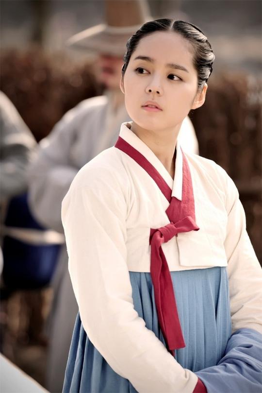Vợ chồng Han Ga In hân hoan chờ đón con đầu lòng