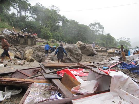 Trận lũ quét kinh hoàng ở xã Bản Khoang, huyện Sa Pa, tỉnh Lào Cai vào tháng 9-2013 đã khiến 14 người chết. ảnh Văn Duẩn