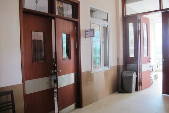 Khu vực bên ngoài phòng điều trị